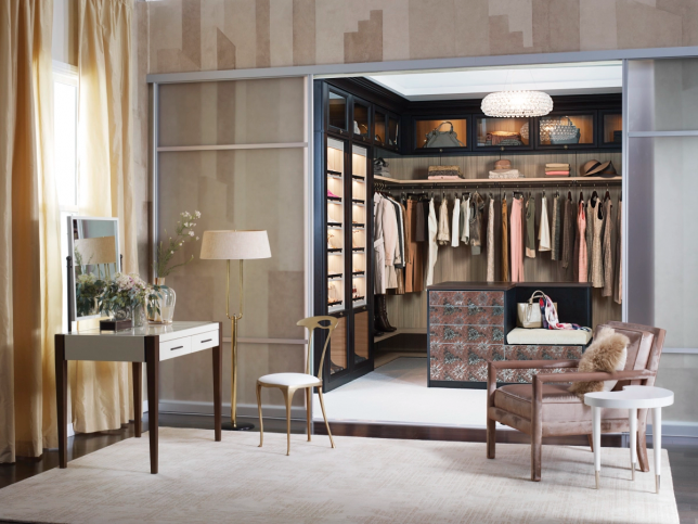 4 Simple Steps to Create a Showcase Closet