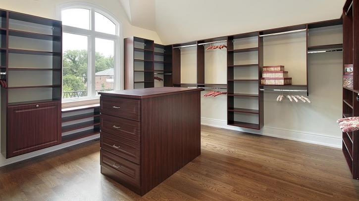The Dream Walk-in - Walk in Closet Organizers in Toronto