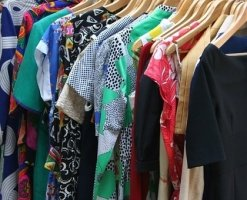 Simple Closet Organization Tips that Create Space