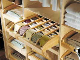 The Smartest Way to Organize Your Closet