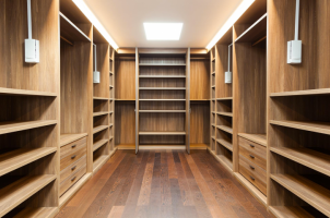 Walk-in-closets designed by Closet Solution