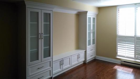 Wall Unit - Antique White with Glass Doors